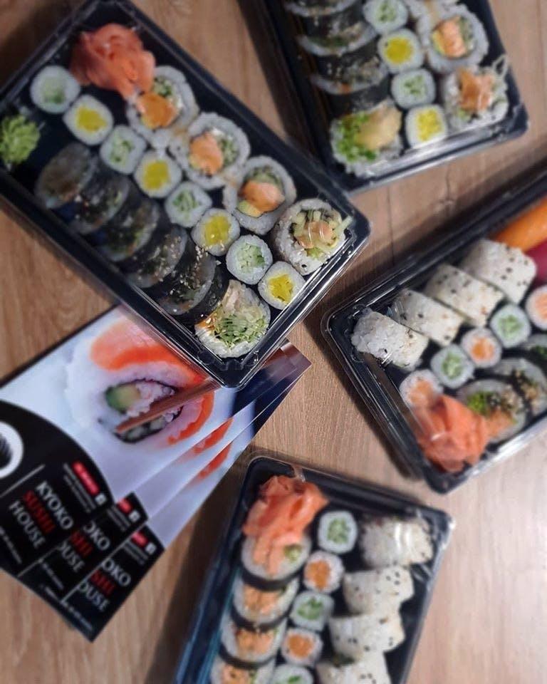 Zestawy Lunchowe ( realizacja zamówień tylko w godzinach 12-15 )