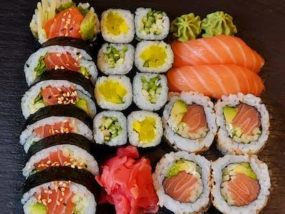 Sake Set Lunch 20 szt.