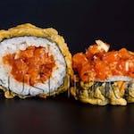 Futomak z tatarem z łososia w tempurze