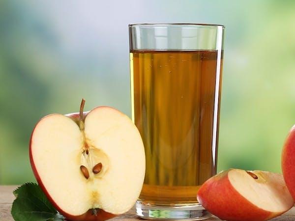 Sok z gawłowskich, ekologicznych jabłoni