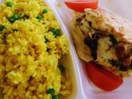 Filet z kurczaka panierowany w jajku zapiekany z pomidorem suszonym i mozzarellą