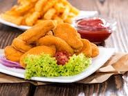 Fileciki z kurczaka z frytkami i sałatką