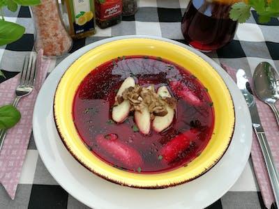 Zupa Szefa: Barszcz czerwony na grzybach suszonych