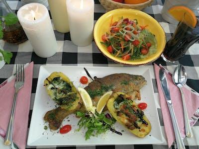 Danie Szefa: Pstrąg smażony, ziemniaki z pieca ze szpinakiem i serem mozzarella