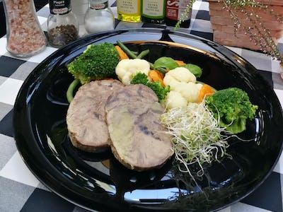 Wołowina gotowana z warzywami 180g+150g