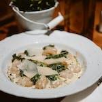 Gnocchi w sosie serowym z gorgonzola i szpinakiem