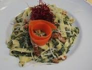 Tagiatelle ze szpinakiem i orzechami (wegetariańska)