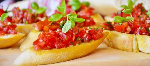 Bruschetta z pomidorami (4 szt.) (wegetariańska)
