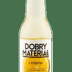 Z CYTRYNY 100% naturalna dawka soku z cytryny w towarzystwie intensywnego imbiru i ogrodowej mięty. Lemoniada jest lekko gazowana i zawiera 10% soku.