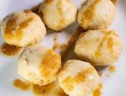 Knedle ze śliwkami z masłem