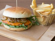 Burger Hermes z Frytkami