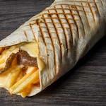 Kebab w cieście z frytkami