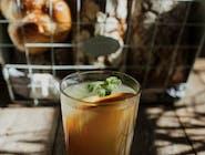 domowa lemoniada rabarbarowa z imbirem