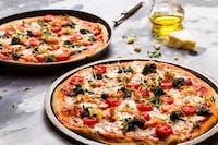Druga ŚREDNIA pizza za pół ceny przy zamówieniu ON-LINE