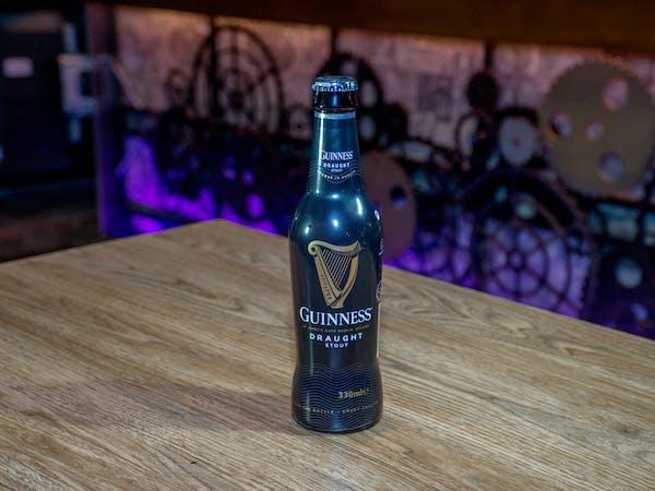 Bere Guiness (330 ml)