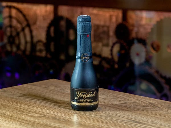 Vin Spumant Freixenet Cordon Negro (200 ml)