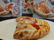5. Pizza Calzone