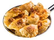 Pierogi podsmażane ze szpinakiem i mozzarellą