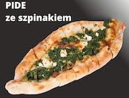 PIDE  ze szpinakiem (turecki specjał)