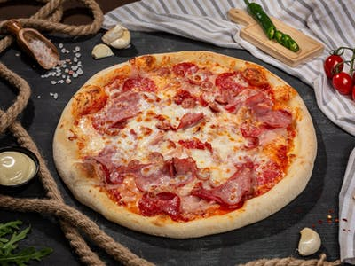 Pizza Quattro Carni M