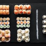 Mix Sushi World 129 zł (56 szt)  powiększ o 8 szt (10 zł) i odbierz 12 szt gratis!!!
