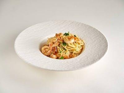 Spaghetti con gamberi in bianco