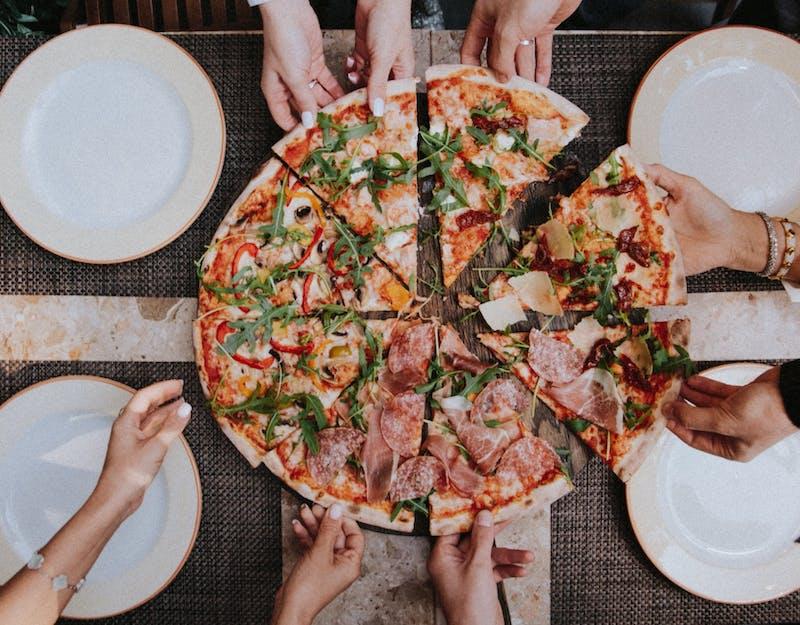RABAT 10zł za 4 pizze 30cm