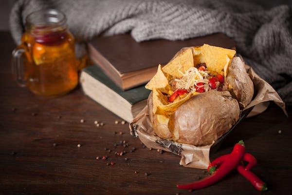 Kumpir Chilli con Carne duży