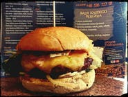 2. Cheeseburger (160g)