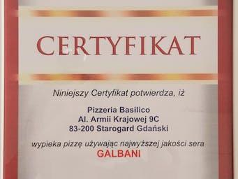 Z wielką dumą informujemy, iż otrzymaliśmy Certyfikat potwierdzający używanie wyłącznie najwyższej jakości sera Mozzarella Galbani do wypieku Naszej pizzy.