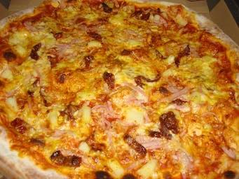 Pizza Adrianna
