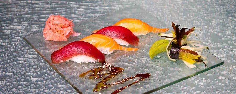 Aż do czwartku maki z pieczoną rybką teriyaki w specjalnych cenach :-)<br>Zapraszamy do Menu/Promocje na dziś!<br>