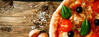 duża pizza z dwoma składnikami 25 zł