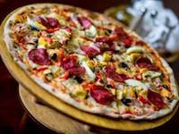 Zbierz 5 pieczątek, do 6 zamówienia, Duża Pizza gratis! Promocja kończy się:31.12.2021r.